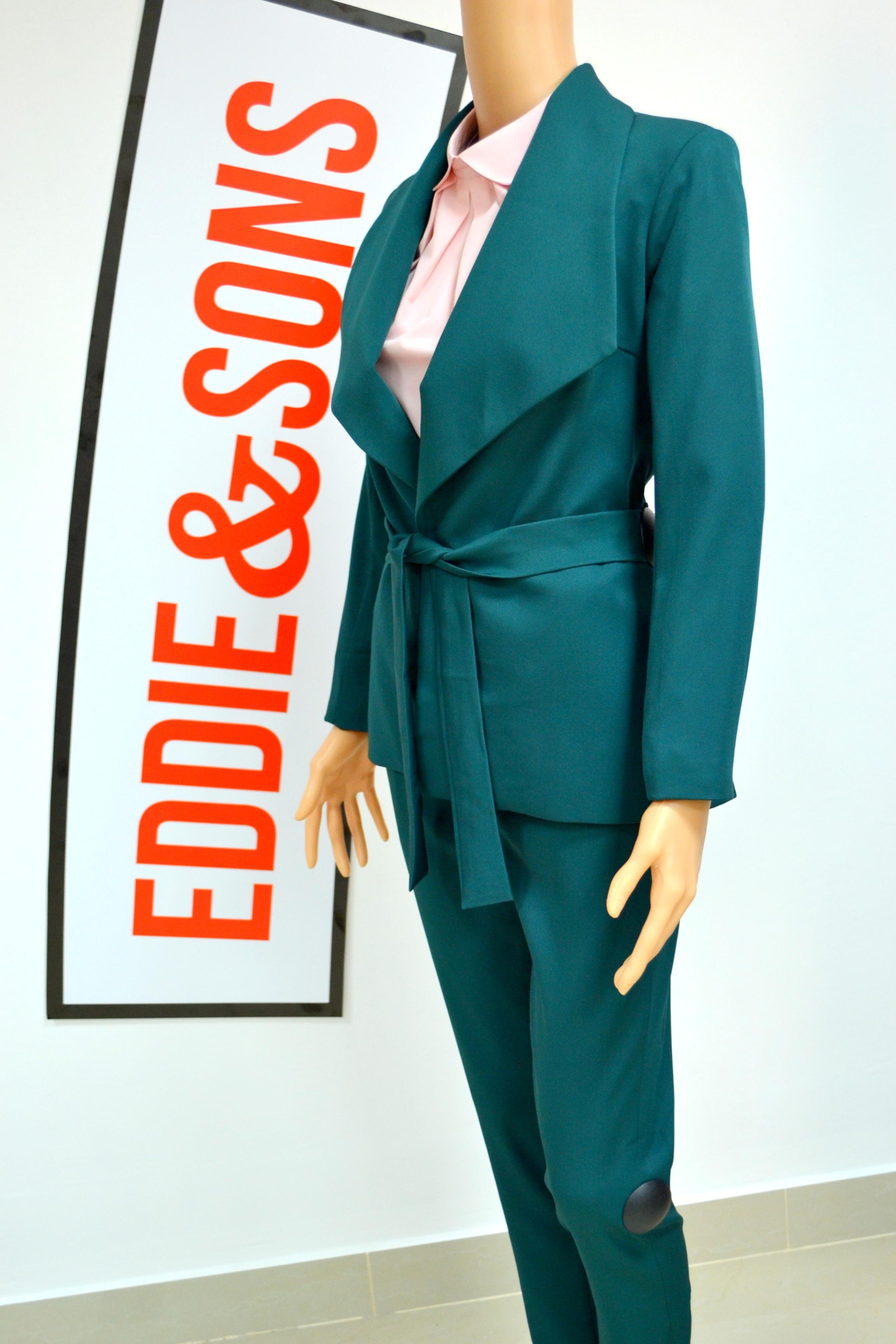 Пиджаки и жакеты женские в Сочи